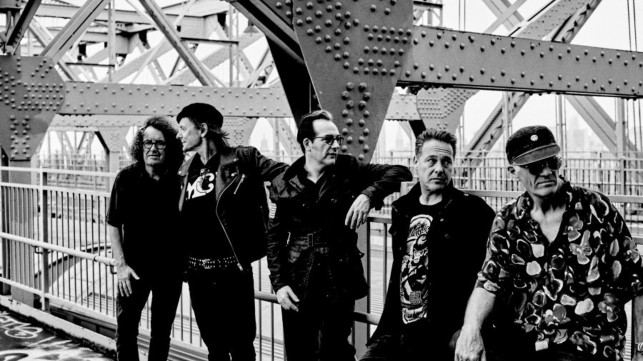 The-Damned-b&w (arena.com:The Damned)